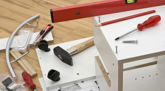 prestation de petit bricolage par un homme toute main association aide domicile marseille. Black Bedroom Furniture Sets. Home Design Ideas